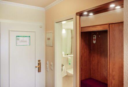 12 einzelzimmer hotel münkel 8